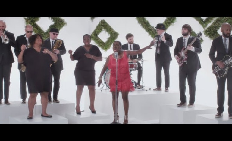 """WATCH: Sharon Jones And The Dap-Kings Release Video For """"White Christmas"""""""