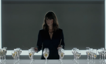 "WATCH: Eleanor Friedberger Plays ""Auld Lang Syne"" On Wine Glasses For Segura Viudas Commercial"