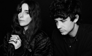 Beach House @ Pappy & Harriet's 4/19 (Coachella Sideshow)