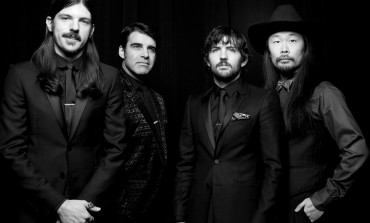 "LISTEN: The Avett Brothers Release New Song ""Ain't No Man"""