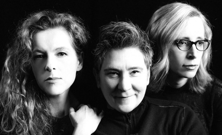 "LISTEN: case/lang/veirs Release New Song ""Honey and Smoke"""