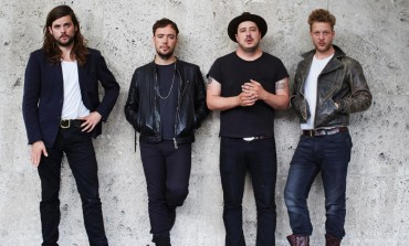 "Mumford And Sons Perform ""There Will Be Time"" Live In Africa"
