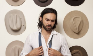 "WATCH: Shakey Graves Releases New Video For ""The Perfect Parts"""