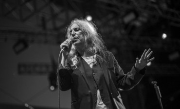 "WATCH: Patti Smith Performs Cover For Bob Dylan's ""A Hard Rain's A-Gonna Fall"""