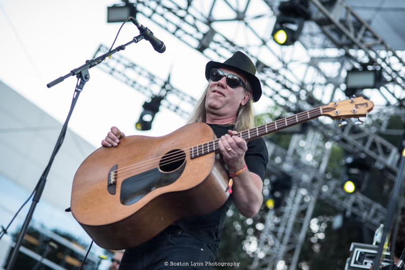 Violent Femmes_Beach Goth_BLS_10222016-1