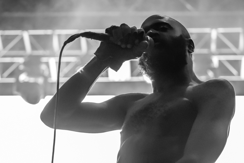 Death_Grips_Camp_Flog_Gnaw_MA_11132016_003