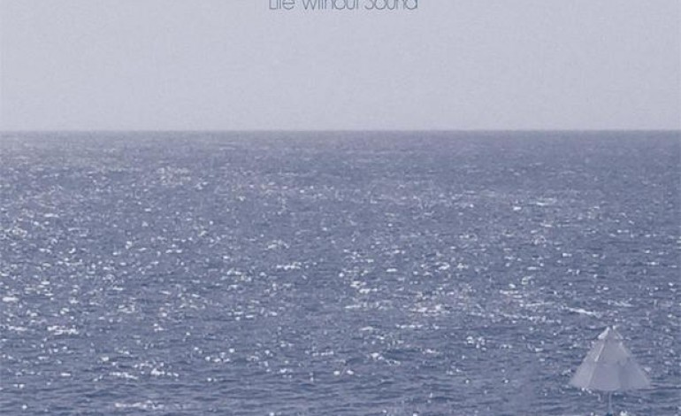 Cloud Nothings – Life Without Sound