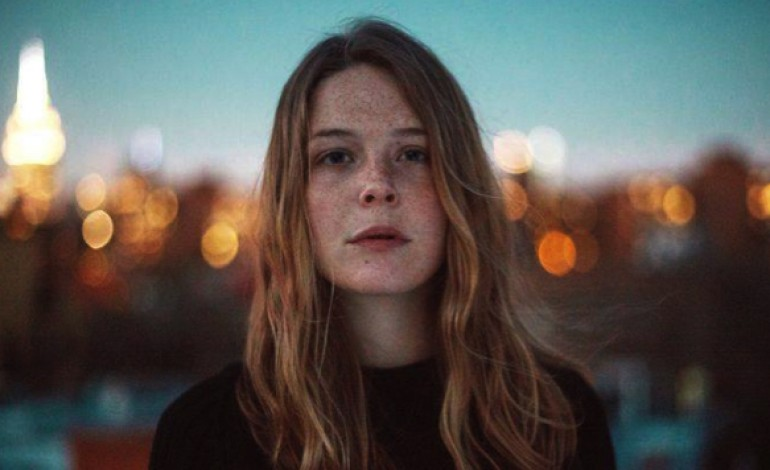 "WATCH: Maggie Rogers Releases New Video for ""On + Off"""