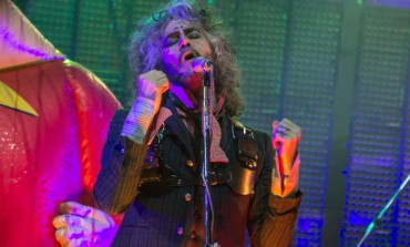 "The Flaming Lips Debut Colorful Music Video for ""Giant Baby"""