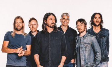 "Surviving Nirvana Members Reunite at Foo Fighters Show and Perform ""Big Me"""