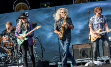 """Doobie Brothers Share Rendition of """"Black Water"""" Performed in Isolation"""
