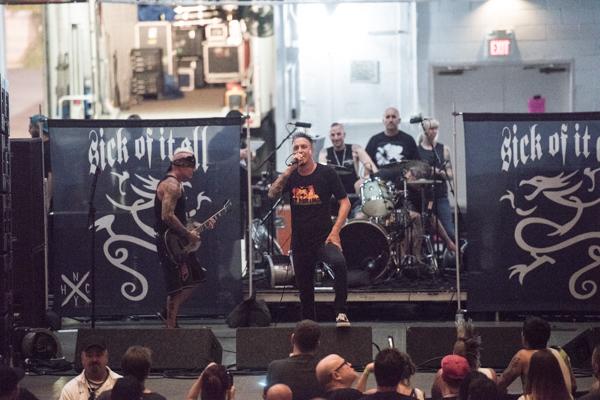 Vans Warped Tour Holmdel 2017-Sick of it All-3