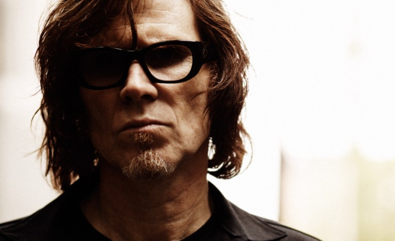 "Mark Lanegan Releases Dark Cover of Pink Floyd's ""Nobody's Home"" from The Wall (Redux)"