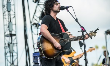 """Pete Yorn Covers The Stone Roses Classic """"Ten Storey Love Song"""""""