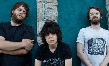 """Marissa Paternoster and Laura Veirs Release Live Performance Video of Screaming Females Song """"Deeply"""""""