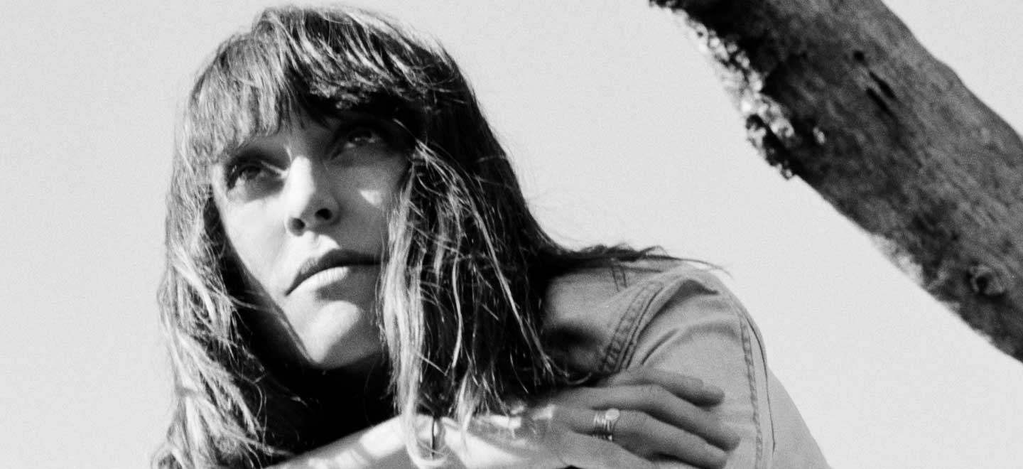 """Feist Releases Tribute Song """"Stranger for Gord"""" in Honor of the Late Gord Downie"""