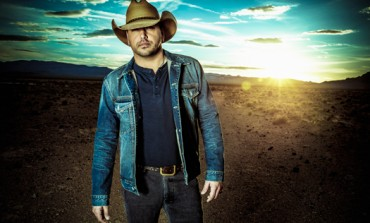 Jason Aldean Addressed Las Vegas Shooting and Covered Tom Petty In Unannounced Saturday Night Live Appearance