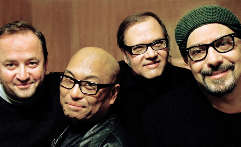 RIP: Pat DiNizio of The Smithereens Dead at 62