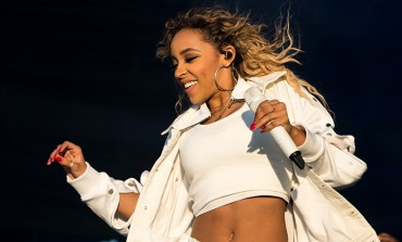 From Songs for You to a TOUR FOR YOU, Tinashe will Gift Us with Her Presence at August Hall on 05/19
