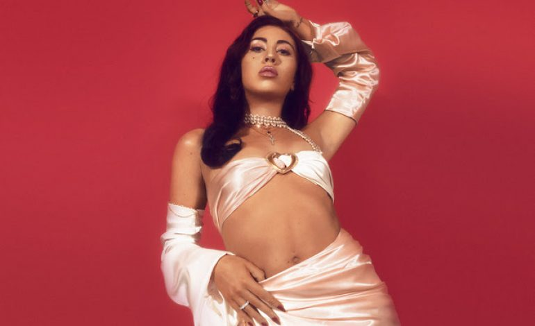 "Kali Uchis Releases New Bilingual Song ""Solita"""