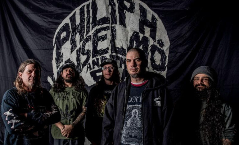 """Watch Philip H. Anselmo & The Illegals Perform Pantera Songs """"Mouth for War,"""" """"A New Level"""" and More"""