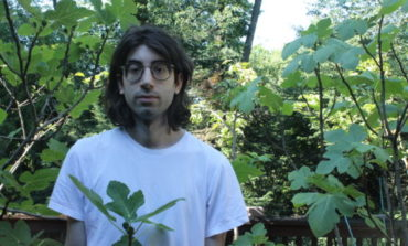 """mxdwn PREMIERE: Jonathan Franco Blends Crystalline Guitars with Lo-Fi Casio Tones on New Song """"Wine Lips"""""""