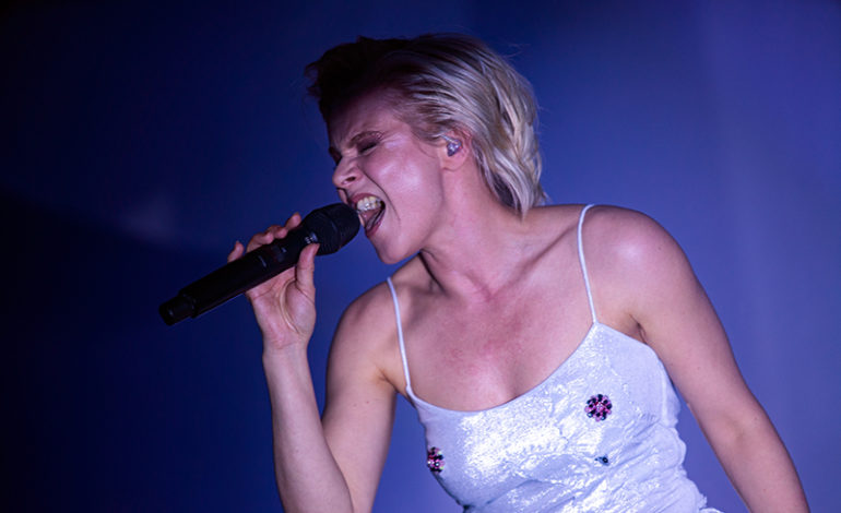 Photos: Robyn at the Hollywood Palladium, Los Angeles