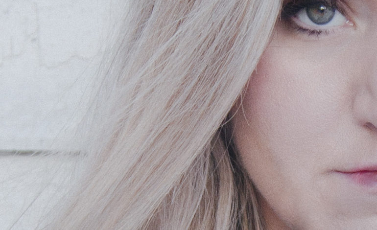 "mxdwn PREMIERE: Carina Frantzen Conjures a Mystical Sense of Foreboding in New Video for ""Blacklist"""