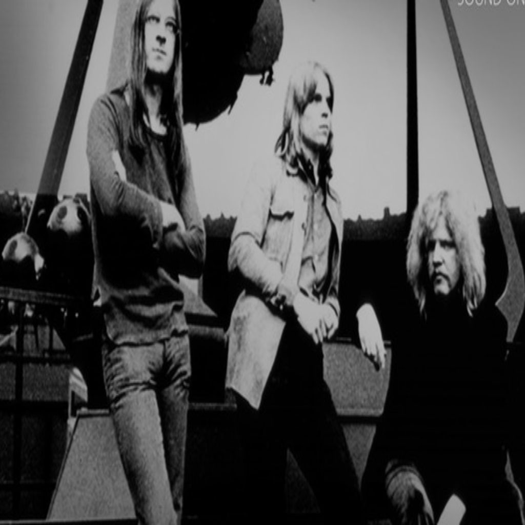 Influential Electronic Pioneers Tangerine Dream To Have