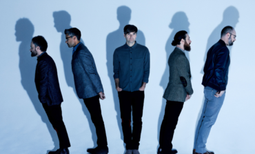 "Death Cab For Cutie Release Psychedelic New Track ""To The Ground"""