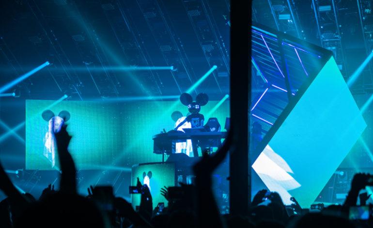 """Deadmau5 Debut Cubev3 Tour Track """"Satrn"""" on mau5strap"""