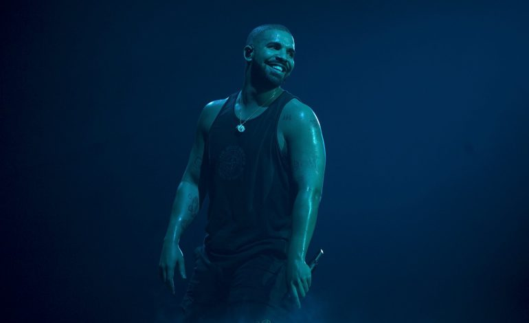 Drake Gets Booed, Cuts Surprise Camp Flog Gnaw 2019 Set Short