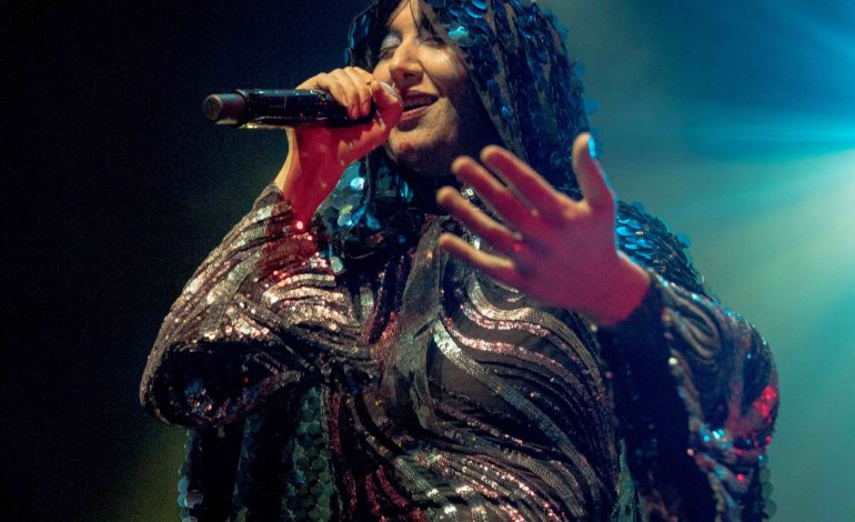 Karen O and Danger Mouse Live at the Kings Theatre, Brooklyn