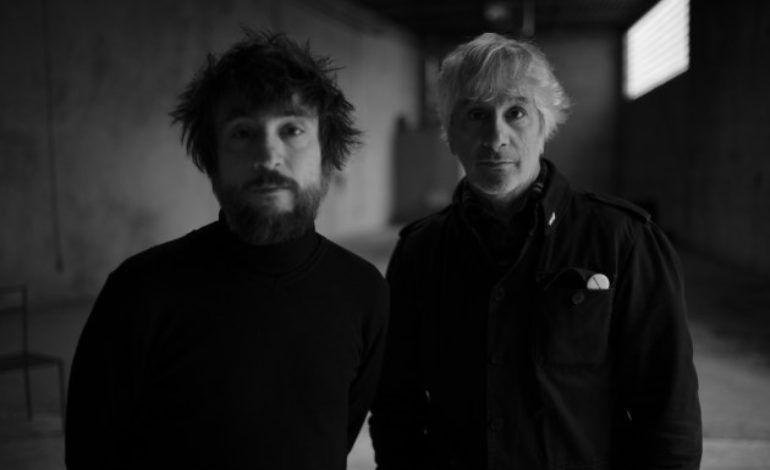 "Lee Ranaldo & Raül Refree Release Video for Introspective New Song ""Words Out Of The Haze"""