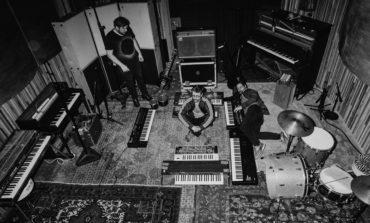 "mxdwn PREMIERE: Wray Entrances on New Song ""Nebulous"""