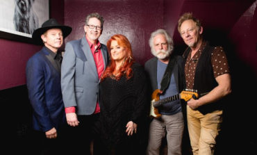 """Wynonna and Bob Weir Team Up for Cover of """"Ramble On Rose"""""""