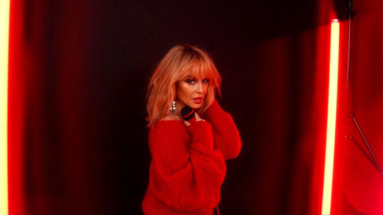 Kylie-Minogue-Press-Photo-2020-1280x720.jpg